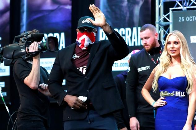 Chisora a Price na váze / zdroj foto: Boxingscene.com