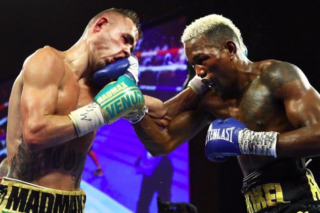 Dadašev vs. Matías / zdroj foto: Boxingscene.com