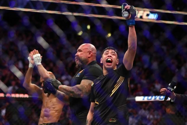 Moreno vs. Deiveson / zdroj foto: MMAjunkie
