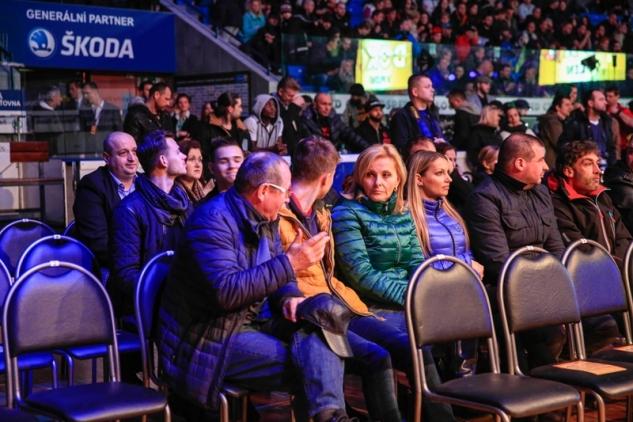 Fanoušci v HM Aréna / zdroj foto: Tomáš Liška, www.tomasliska.cz