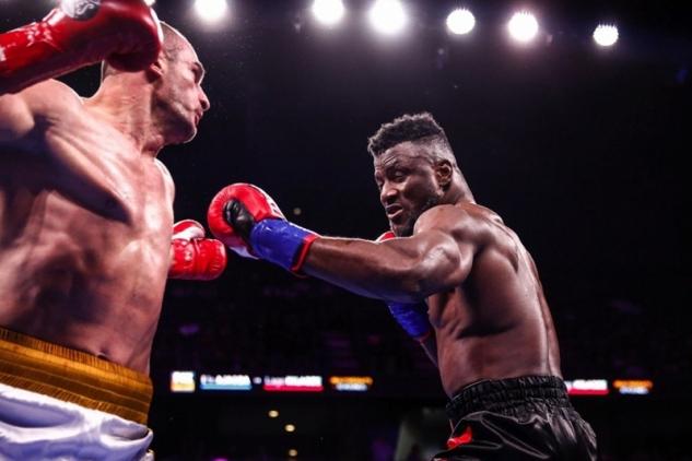 Ajagba vs. Kiladze / zdroj foto: Boxingscene.com