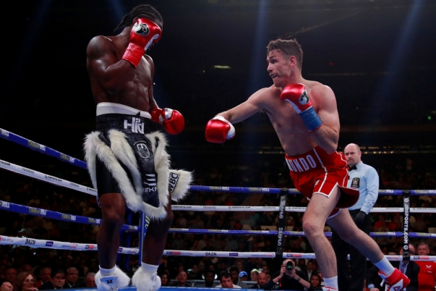 Smith vs. N'Dam / zdroj foto: Boxingscene.com