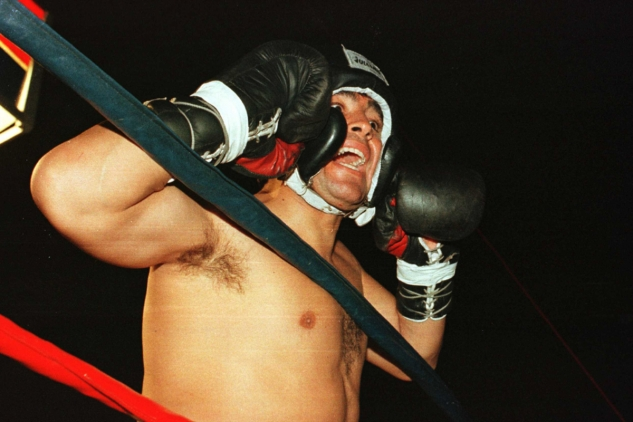 Maradona při boxerské exhibici