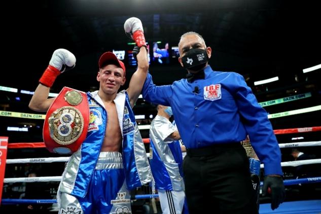 Alvarado vs. Kriel / zdroj foto: Boxingscene.com